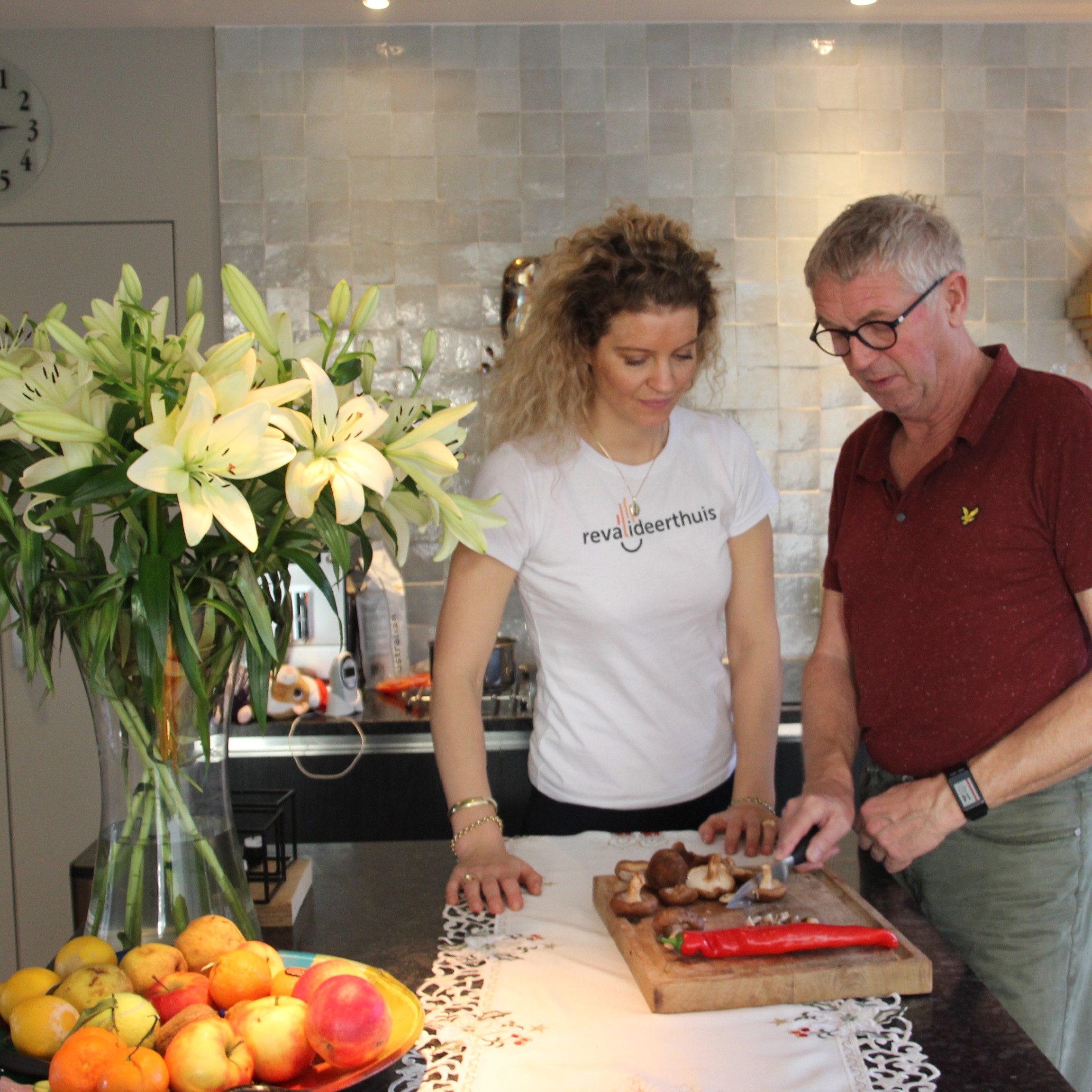 koken- snijden- huishouden- ergotherapie- fysiotherapie